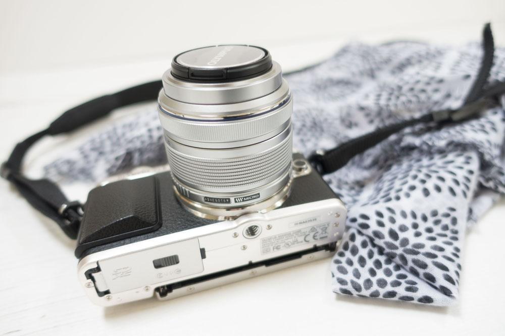 Everything-you-need-to-know-about-the-olympus pen-45mm-lens