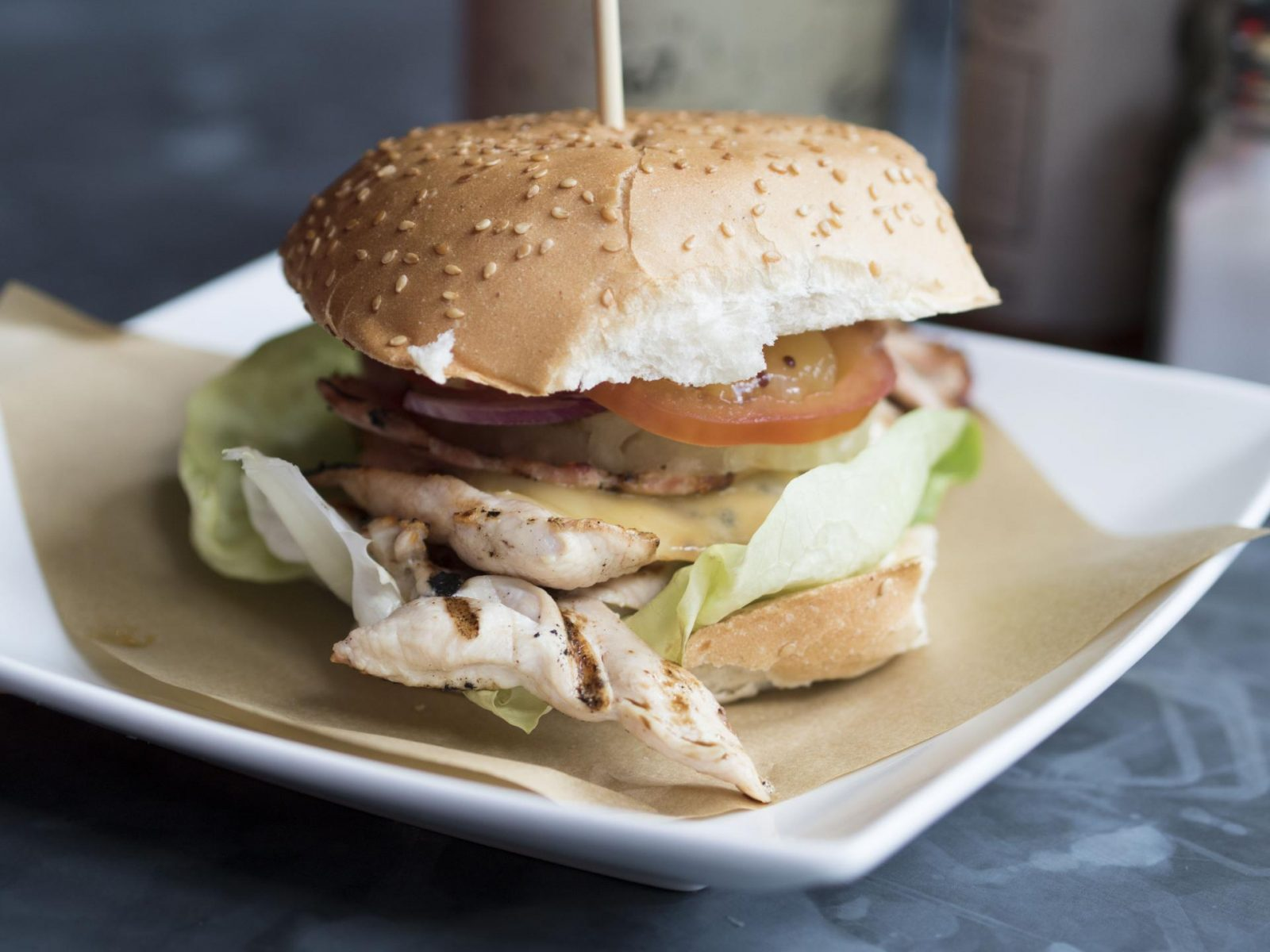 Handmade-Burger-Co-and-Tamu-Dessert Lounge- (7)