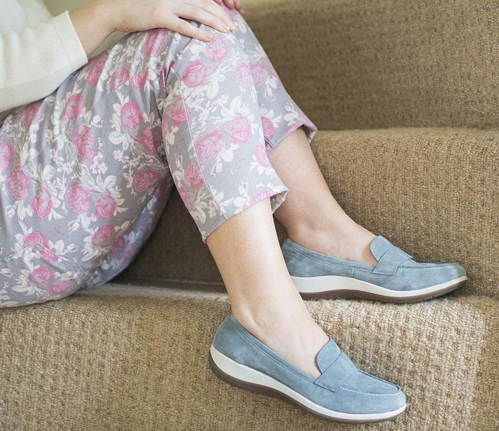 Happy Healthy Feet | Strive Footwear Review