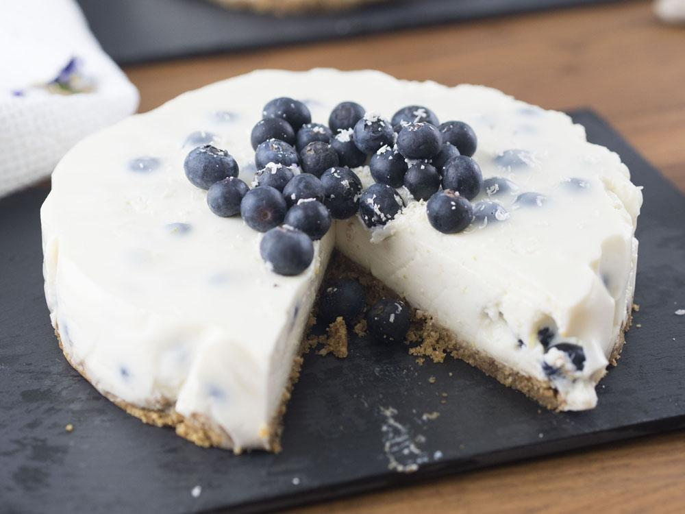 Canderel Taste Test | Low Sugar Blueberry & Lemon Cheesecake Recipe