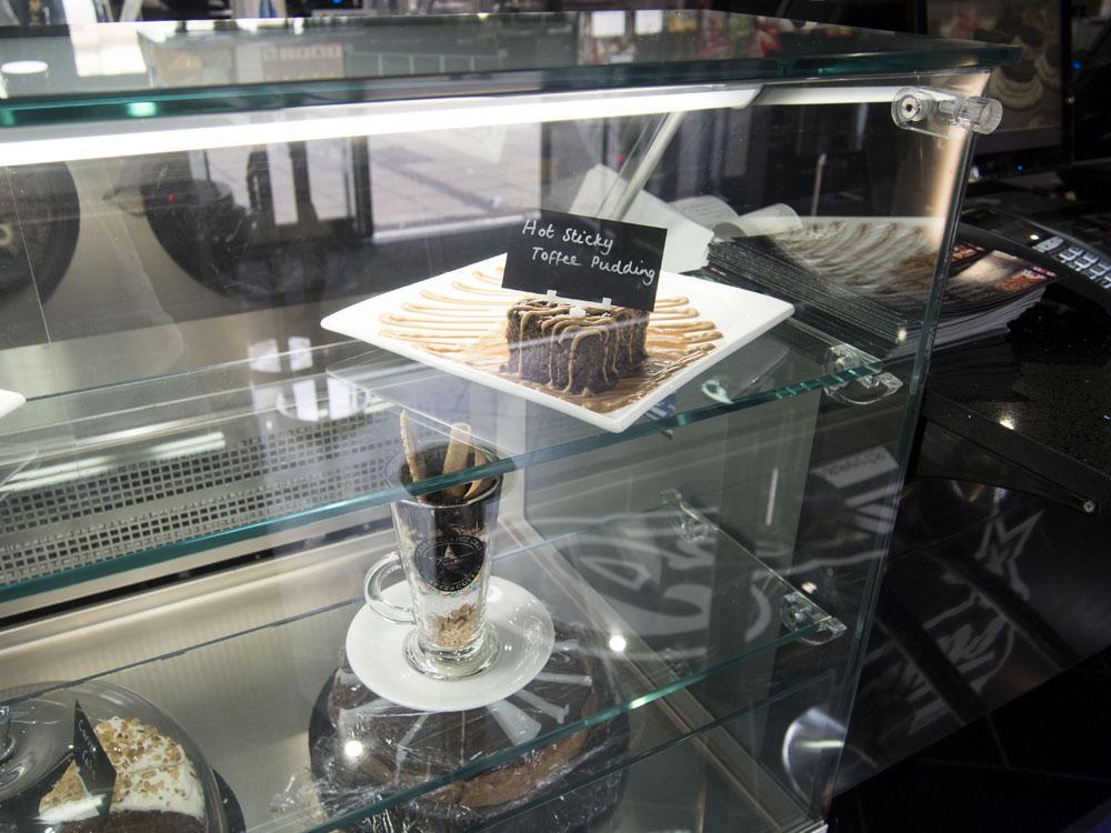 creams cafe-dessert-review-peterborough