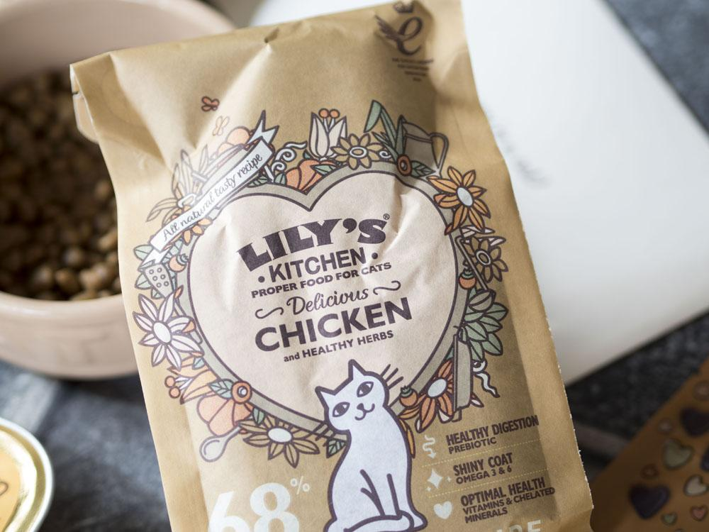 Lily's Kitchen Pet Food Cats Review