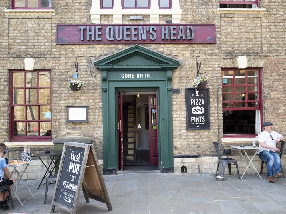The Queen's Head Peterborough - a front view of the building